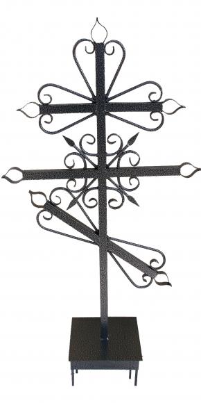 Надгробный крест 4